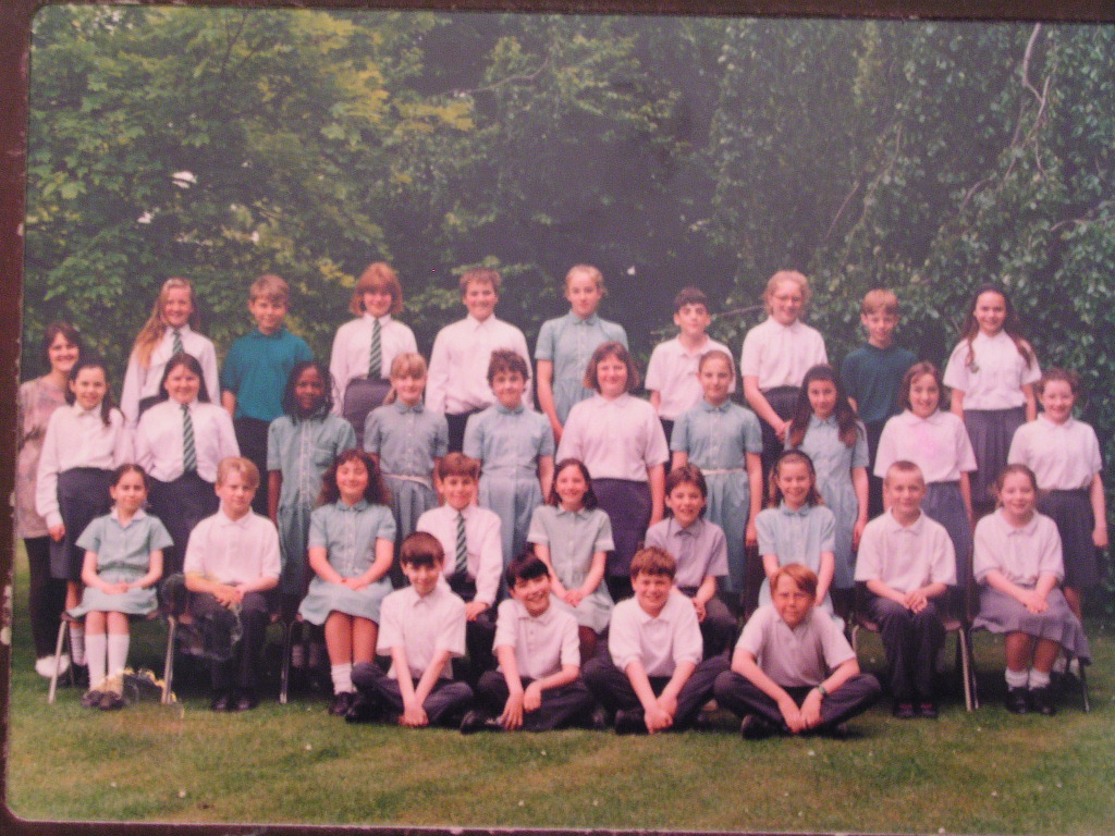 School photo, Moorlands Junior School