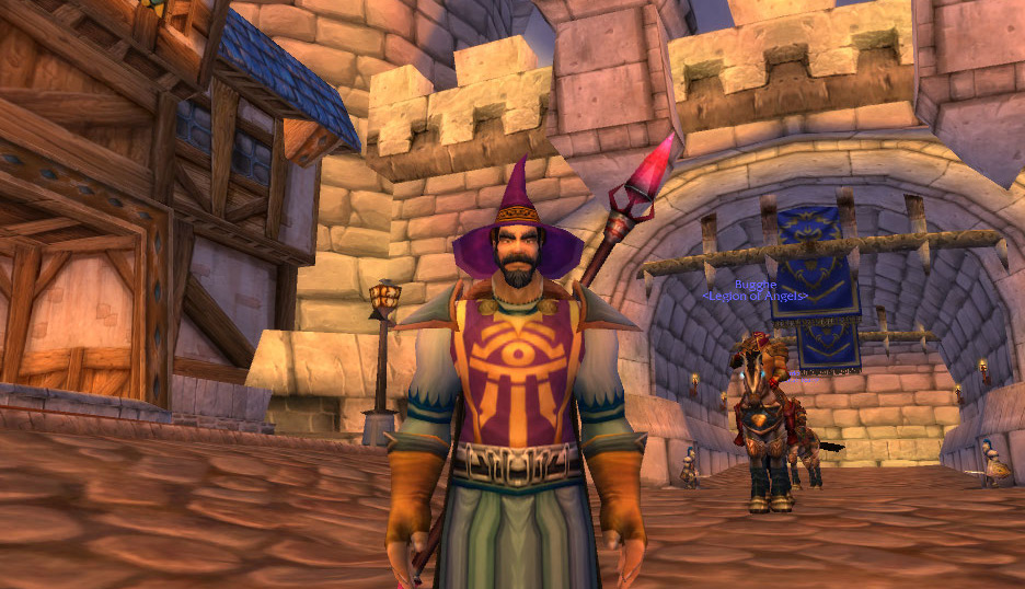 World of Warcraft mage in Stormwind City